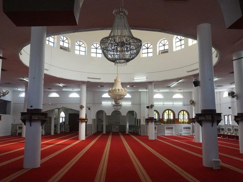 Cara Agar Bersemangat Itikaf di Masjid